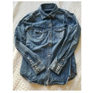JCREW FITTED WESTERN CHAMBRAY